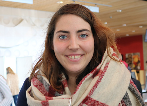 Carmel van den Driessche stemlokaal c-hal tweede kamerverkiezingen 2017 (30)