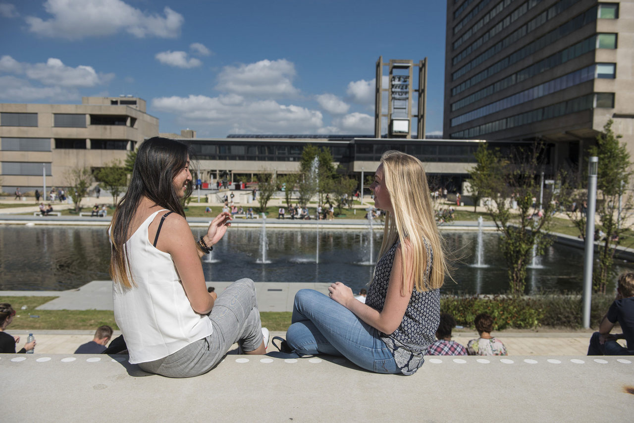 campus; woudestein; studenten; students; eur; universiteit; university