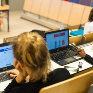 Laptop article foto Mazur