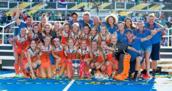 hockeysters-wereldkampioen-tegen-Ierland-in-Londen-KNHB-Koen-Suyk-EENMALIG