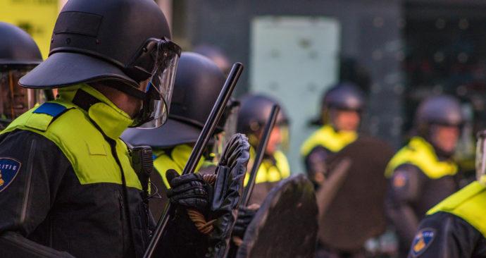 Politie in Rotterdam bij Feyenoordwedstrijd