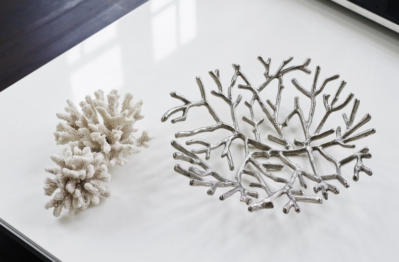Branch Bowl and Large Resin Coral Sponge - Kelly Hoppen Home