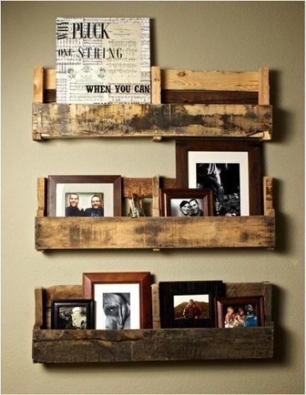 Pallet Book Shelves (Source)
