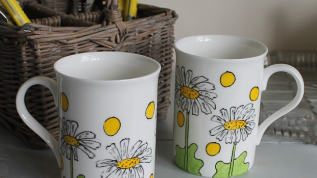 Daisies Half Pint Mug - Laura Lee Designs