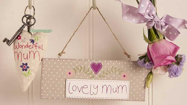 Lovely mum sign