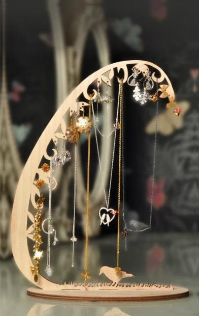 Woodland Jewellery Stand, iapetus