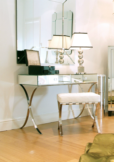 Dressing Table, Sweetpea & Willow £645.00