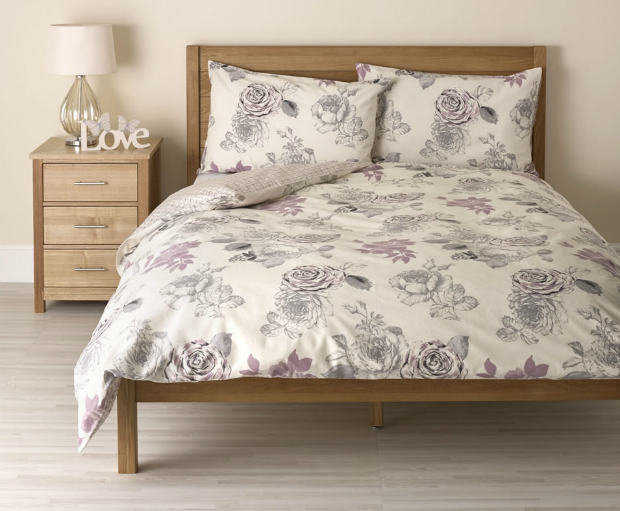 Wilko Rose Duvet Set Grey Kingsize, Wilkinsons £18.00