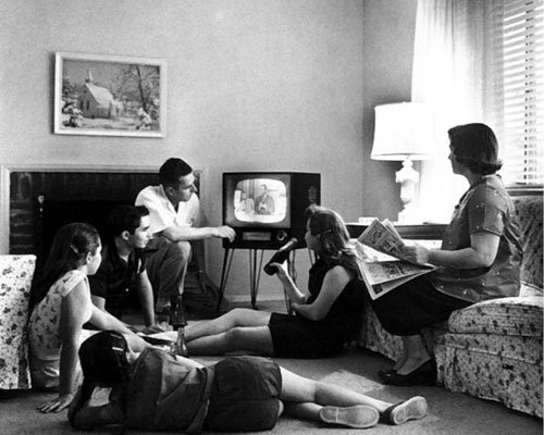 WW2 family watching TV