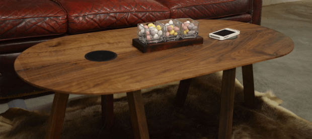 Chill and Charge Table, Evoni