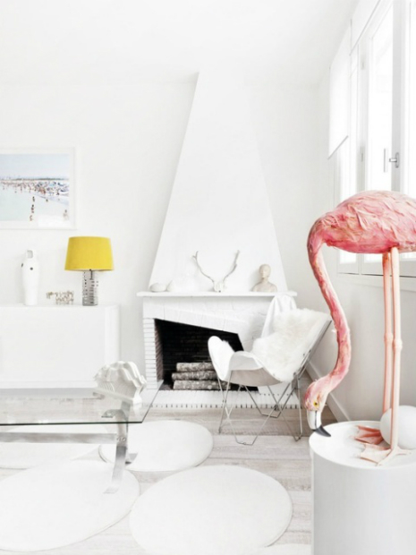 Flamingo Living Room, Est