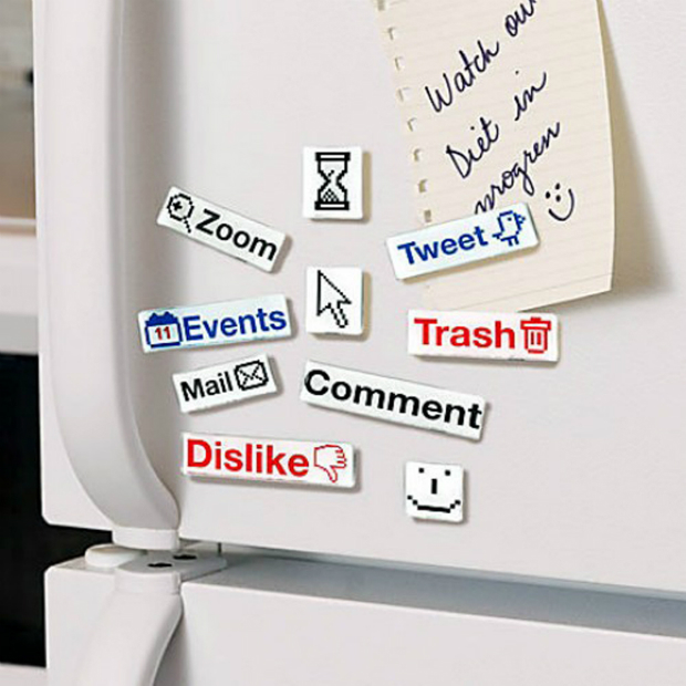 Social Talk Magnets, No1 Gadget Store Ltd £9.99