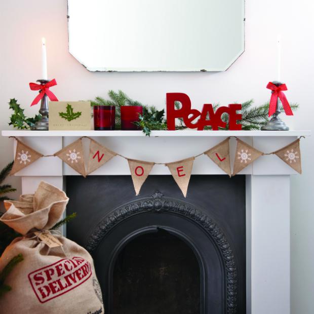 Hessian 'Noel' Christmas Bunting - Vintage Noel, Ginger Ray £4.99