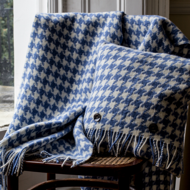Houndstooth Wool Throw, Ville & Campagne £79.00
