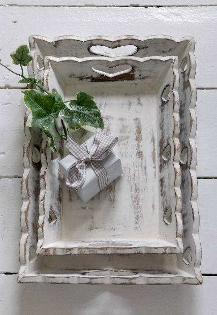 Scallop Heart Vintage Trays, Retreat Home £28.00