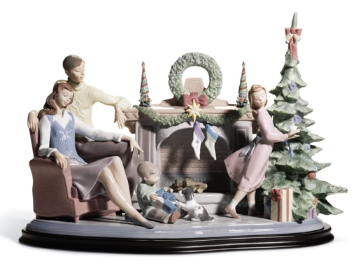 A Family Christmas, Lladro £2,580.00