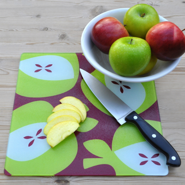 Apples Green - Glass Chopping Board, Beyond the Fridge £14.00
