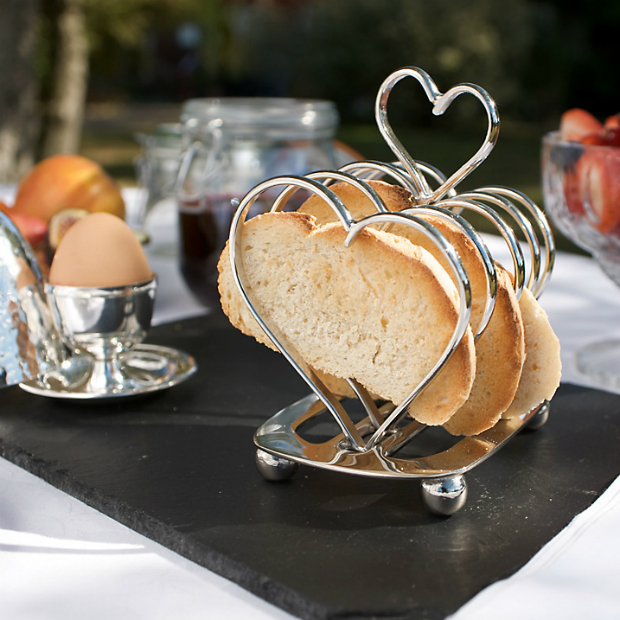 Culinary Concepts Amore Heart Toast Rack, John Lewis £39.95