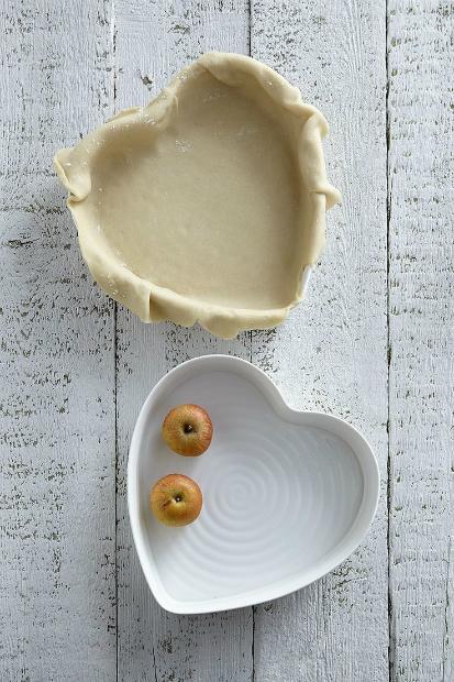 White Ceramic Sweetheart Baking Dish, Sophie Conran £34.00