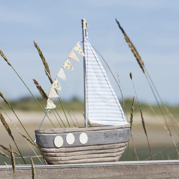 Wooden Boat, The Contemporary Home £14.00