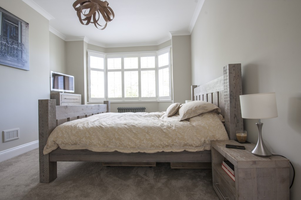Grand Bed With Footboard