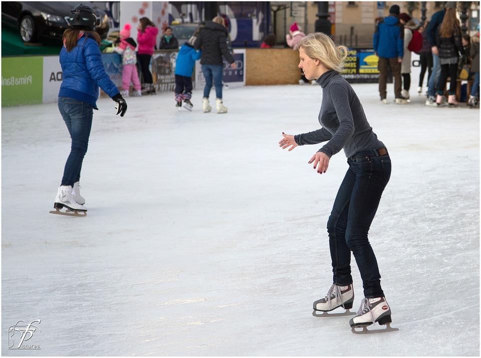 ice-skating-235542_960_720