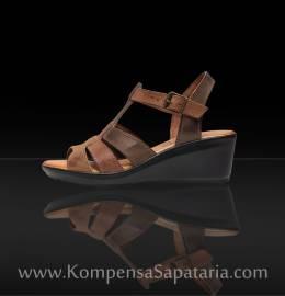 Sandália em Pele c/Sola Borracha