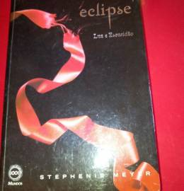 Eclipse luz e escuridão - Stephens Meyer