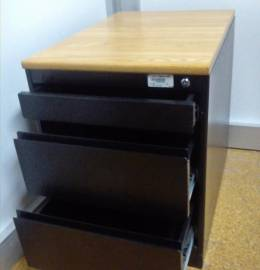 Módulo de gavetas para escritório