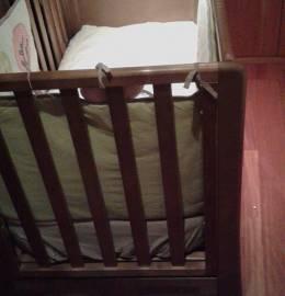 Cama de Grades Bébé com Colchão