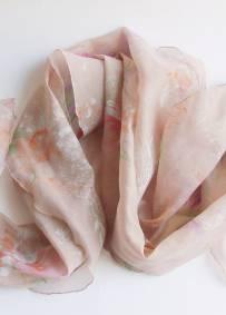 Lenço rosa-velho acizentado com flores