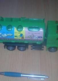 Camiao reciclagem