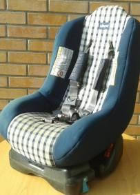 Cadeira auto da marca Chicco para crianças dos 0 até 18kg de peso