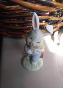 Coelho de porcelana