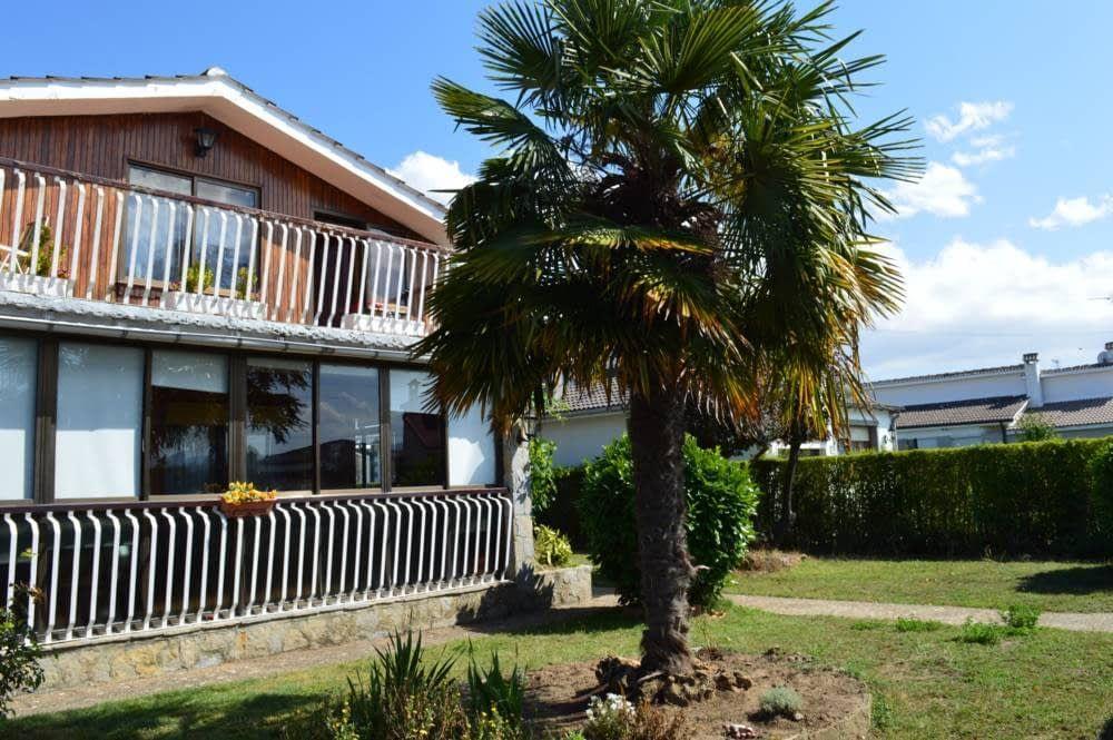 Casa en venta en 47639, Medina de Pomar, Burgos, Calle Juan Carlos I, 165.000 €, 4 habitaciones, 3 baños, 230 m2