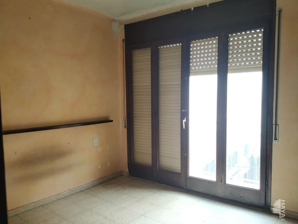 Piso en venta en Piso en Santa Coloma de Farners, Girona, 69.600 €, 2 habitaciones, 1 baño, 102 m2