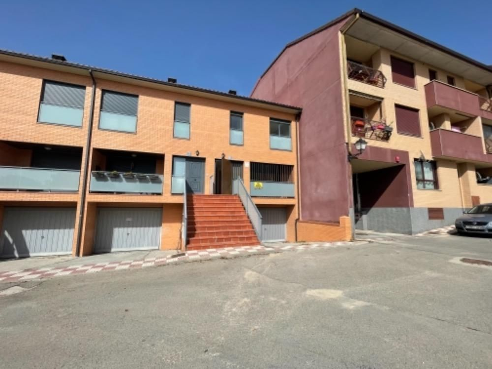 Casa en venta en Alto de la Muela, la Muela, Zaragoza, Calle San Francisco de Asis, 142.500 €, 3 habitaciones, 2 baños, 193 m2