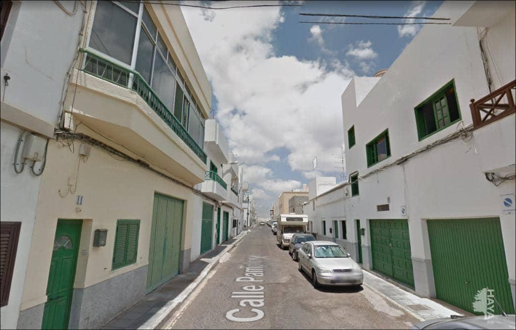Piso en venta en Piso en Arrecife, Las Palmas, 69.200 €, 2 habitaciones, 1 baño, 52 m2