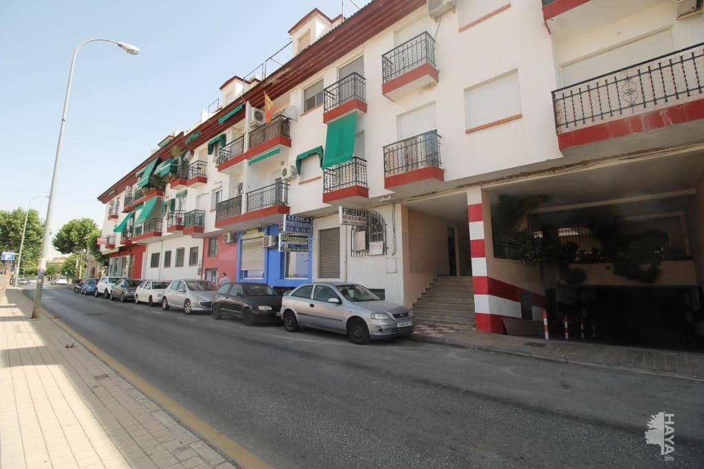 Piso en venta en Huétor Vega, Granada, Plaza Iglesia (de La), 83.200 €, 3 habitaciones, 2 baños, 76 m2