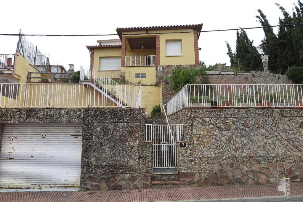Casa en venta en Caldes de Montbui, Barcelona, Calle Ignasi Iglésias, 264.000 €, 3 habitaciones, 1 baño, 76 m2