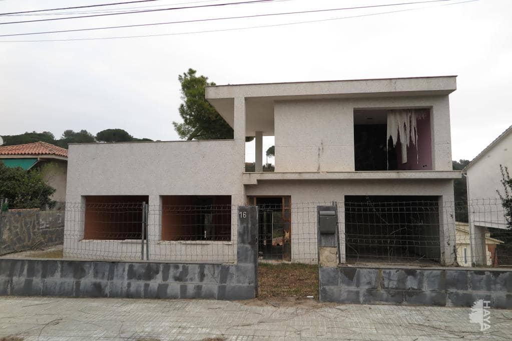 Casa en venta en Can Valls I Torre Negrell, Caldes de Montbui, Barcelona, Calle Pardals, 442.900 €, 3 habitaciones, 2 baños, 302 m2