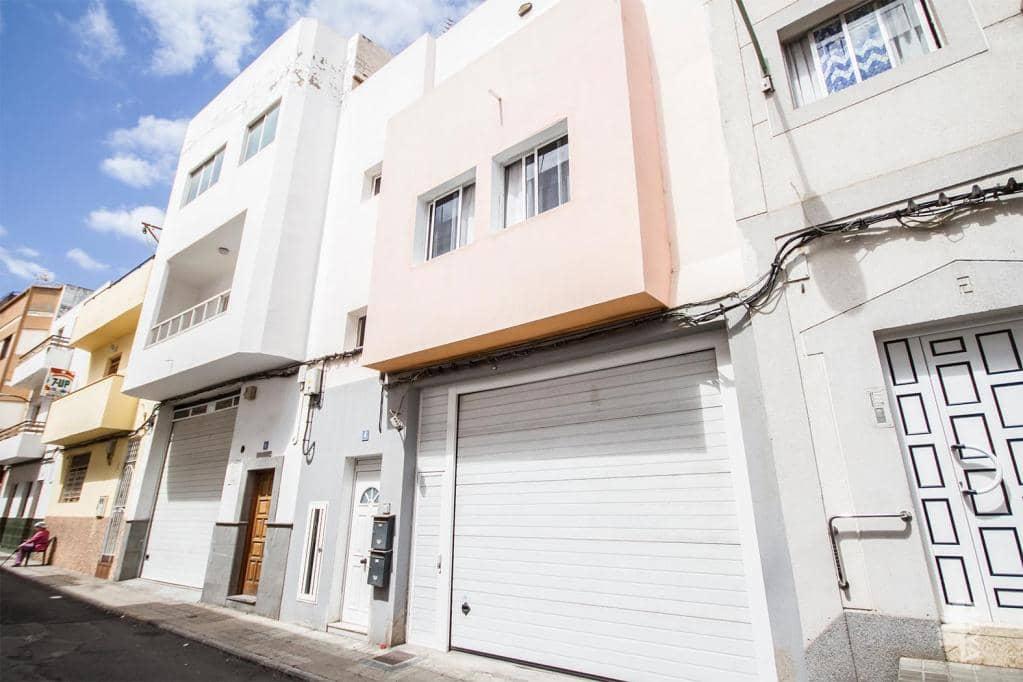 Piso en venta en Almatriche, la Palmas de Gran Canaria, Las Palmas, Calle Palmera, 295.900 €, 3 habitaciones, 2 baños, 287 m2