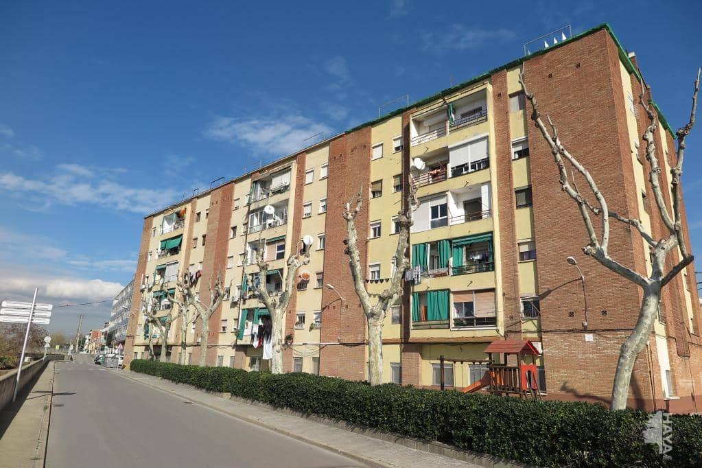 Piso en venta en La Llagosta, Barcelona, Plaza Corts Catalanes, 80.000 €, 3 habitaciones, 1 baño, 48 m2
