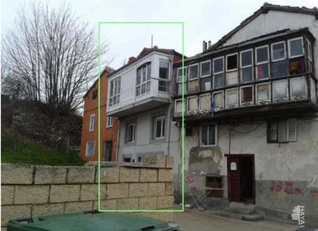 Casa en venta en Urbanización Nuestra Señora de la Nieves, Reinosa, Cantabria, Avenida Cantabria, 68.300 €, 2 habitaciones, 1 baño, 141 m2
