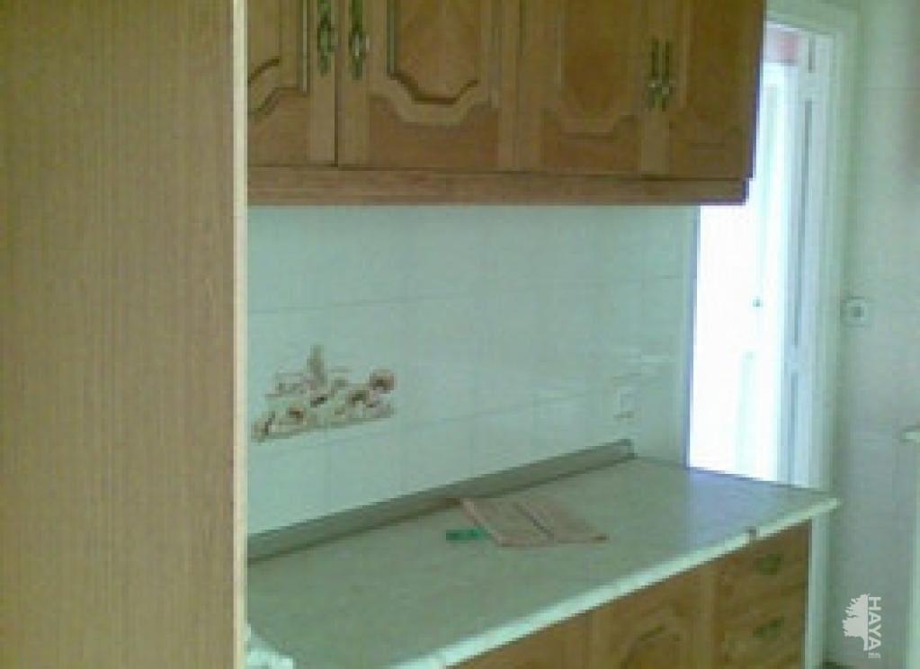 Piso en venta en Piso en Parla, Madrid, 69.700 €, 3 habitaciones, 1 baño, 70 m2