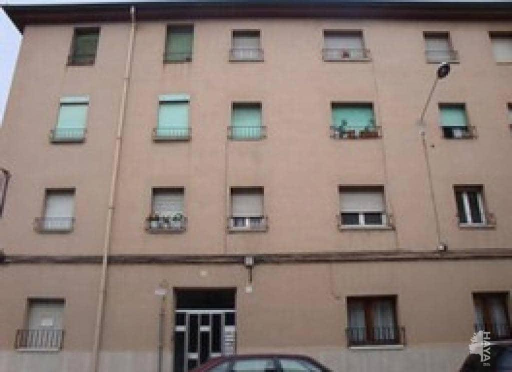 Piso en venta en El Remei, Vic, Barcelona, Calle Tona, 60.200 €, 3 habitaciones, 1 baño, 69 m2