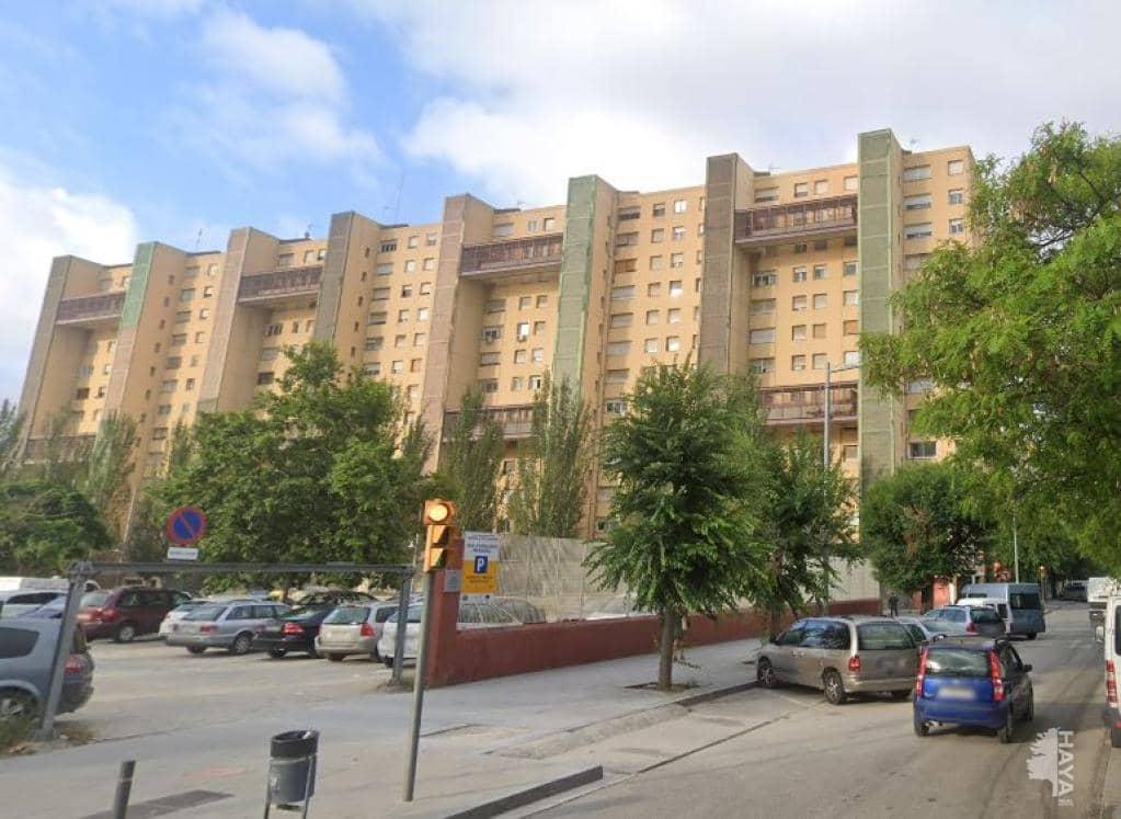 Piso en venta en La Mina, Sant Adrià de Besòs, Barcelona, Calle Mar, 68.400 €, 3 habitaciones, 1 baño, 77 m2