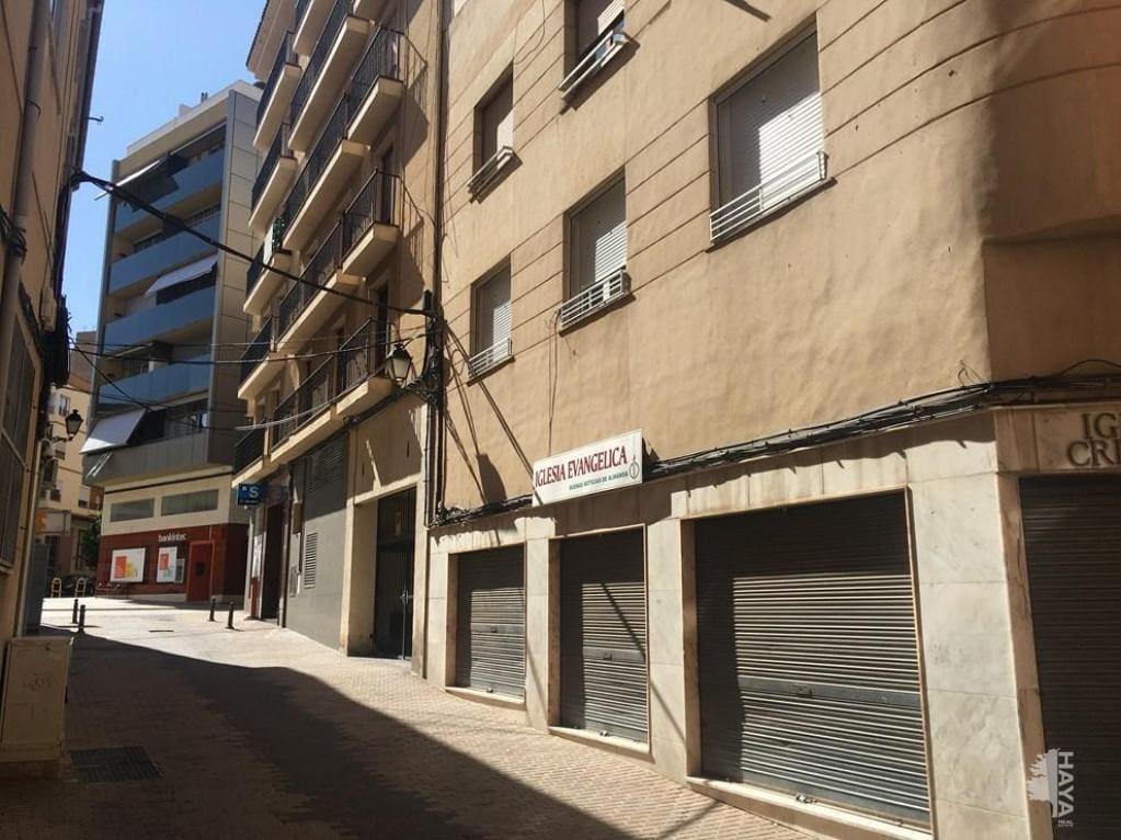 Piso en venta en Almansa, Albacete, Calle Miguel de Cervantes, 58.600 €, 4 habitaciones, 1 baño, 180 m2