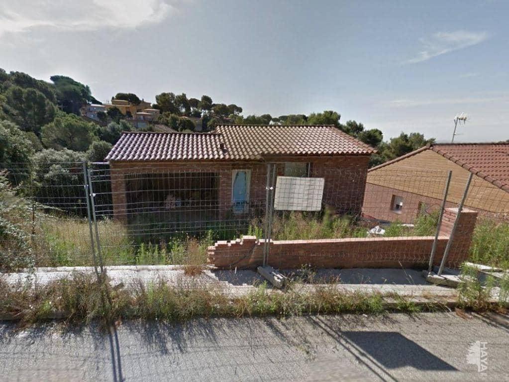 Casa en venta en Can Rodoreda, L` Ametlla del Vallès, Barcelona, Calle Pedraforca, 117.900 €, 2 habitaciones, 2 baños, 151 m2