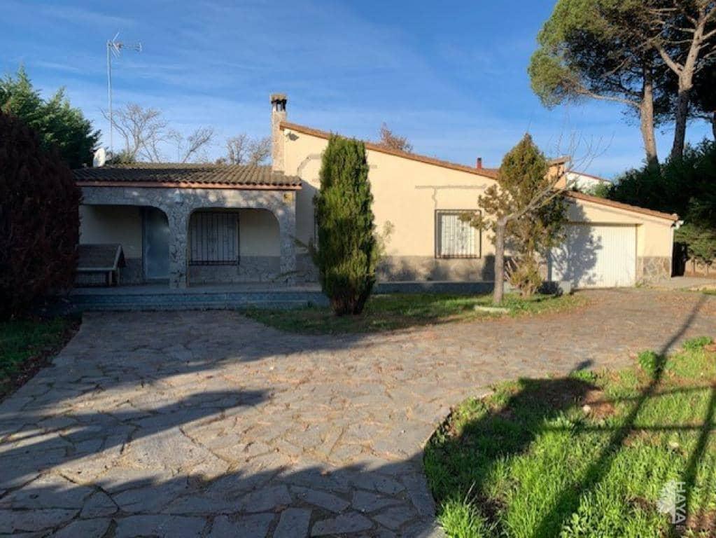 Casa en venta en Can Gumbau, Caldes de Malavella, Girona, Calle Salvador Dalí, 135.000 €, 6 habitaciones, 2 baños, 73 m2